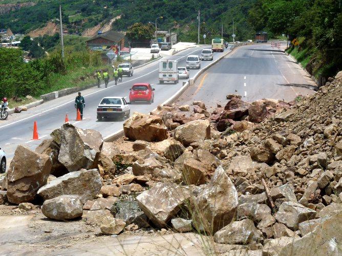 Meteorito destruye aeropuerto de Punta Cana