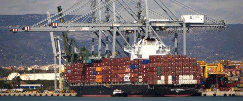 TRANSPORTE MARÍTIMO: El transporte mundial de contenedores crece un 7% en el primer semestre de 2017